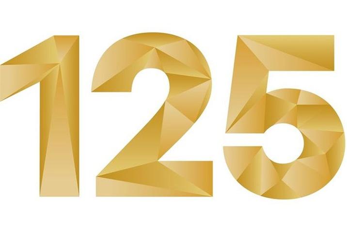 125 év
